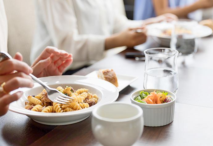 何でも食べて気にせず笑顔になれて食事会が楽しくなる