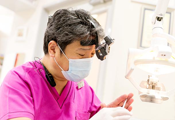 口腔外科の専門家・インプラント開発にも関わったドクター在籍